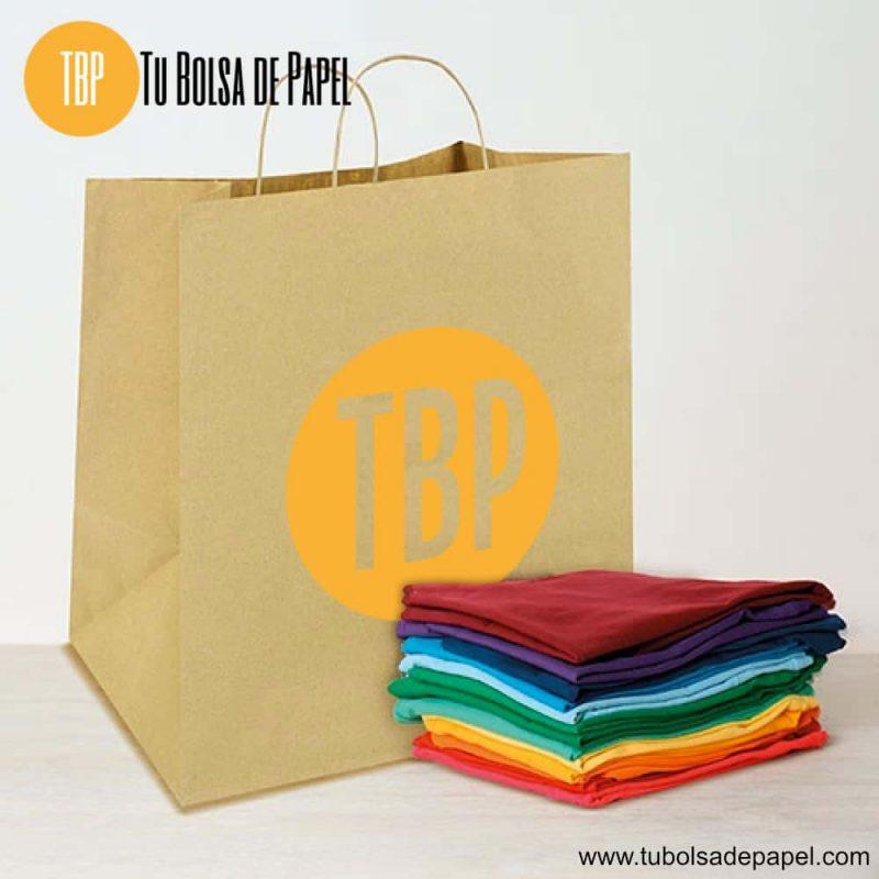 Bolsa de papel impresa con prendas de ropa